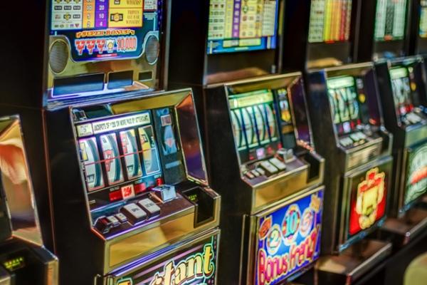 Играем в Адмирал казино бесплатно
